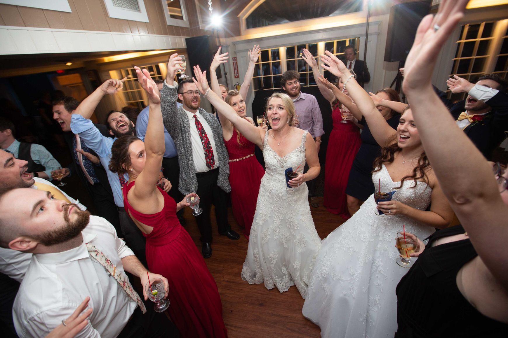Singingrochester finger lakes wedding dj new york mc wedding planner